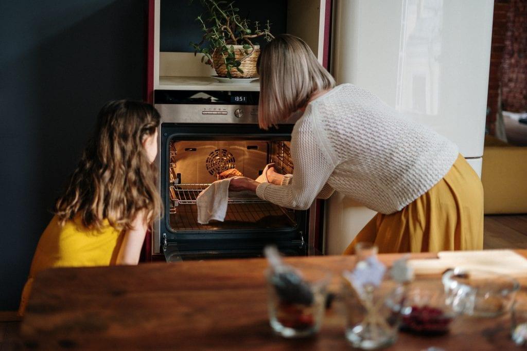 oven, cooking, door, heat, winter heating tips